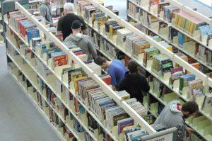 Sélection de livres accessibles à la bibliothèque Lisette-Morin